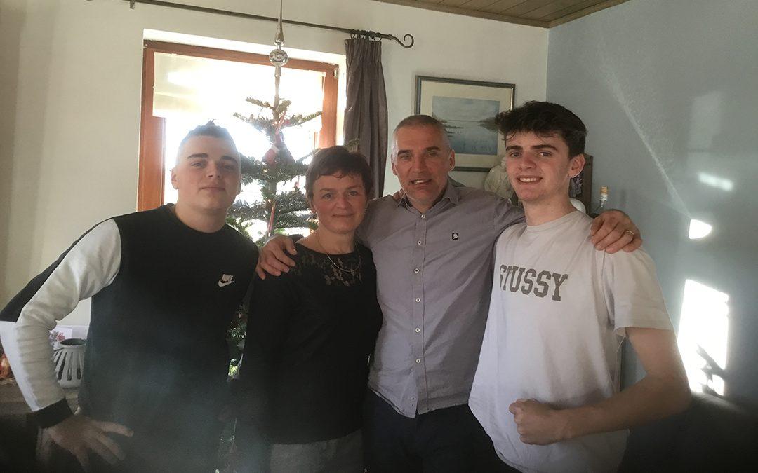 La famille gère leur gîte depuis une vingtaine d'années