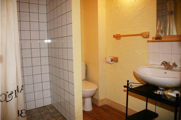 maison avec sauna salle de bains priv e et aire de jeux bastogne. Black Bedroom Furniture Sets. Home Design Ideas