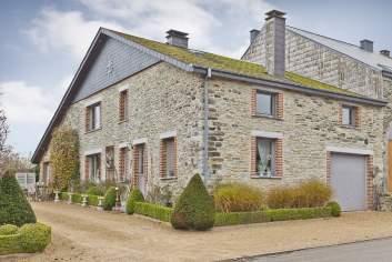 Gite typique pour 9 personnes avec espace détente à Bertrix en Ardenne