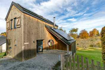 Chalet en bois pour 4 personnes à louer à Bouillon, dans les Ardennes