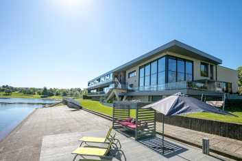 Appartement de luxe avec vue imprenable sur le lac de Butgenbach
