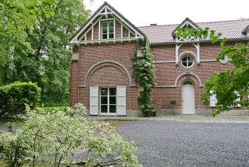 Belle maison de vacances 3.5 étoiles pour 4 personnes à louer près de Ciney