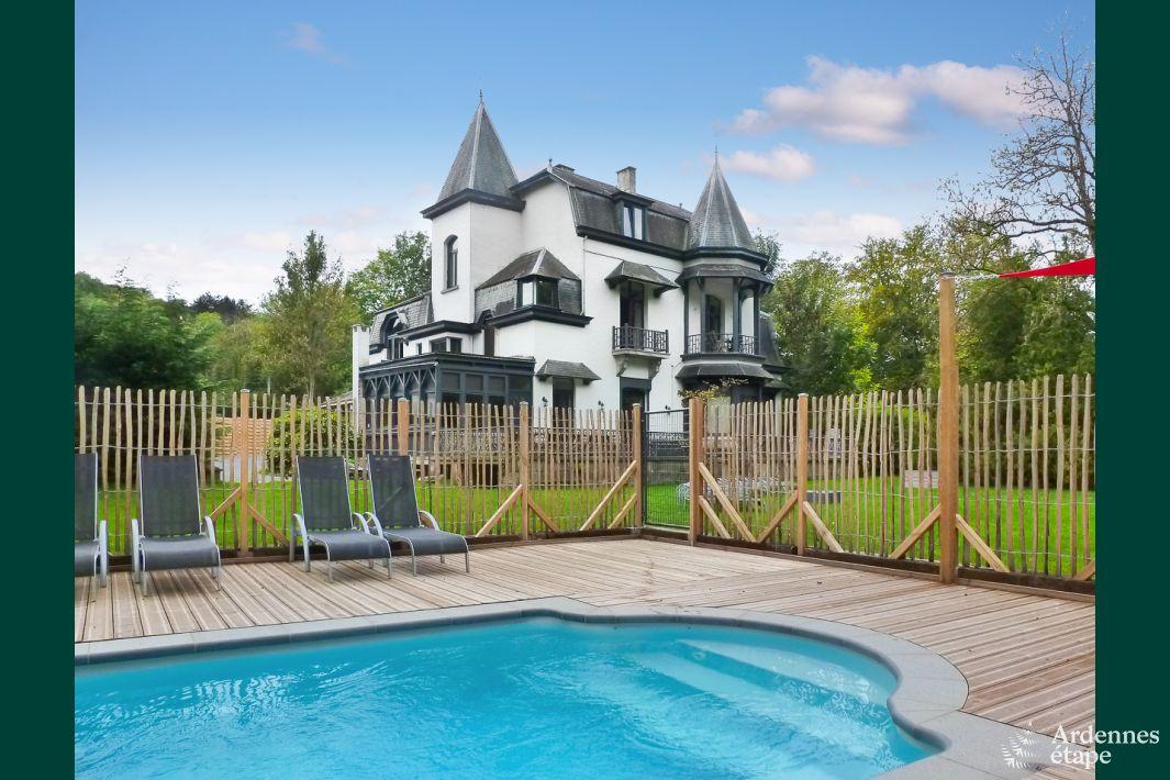 Luxueuse maison de vacances avec piscine louer pour 14 for A louer maison de vacances