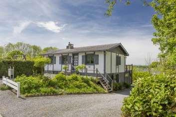 Maison de vacances authentique avec wellness pour 6 personnes à Durbuy