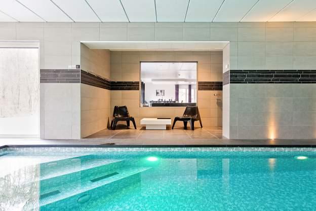 La Villa De Luxe Moderne Se Devoile : Villa de luxe avec piscine et centre wellness pour pers à durbuy