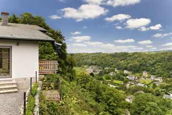Villa de vacances 4.5 étoiles avec vue et sauna à louer à Durbuy