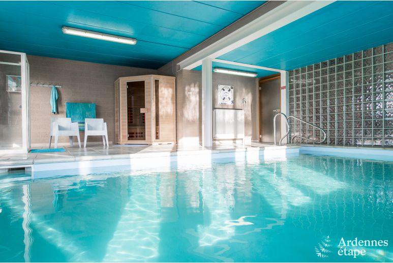 Villa 4 Etoiles Pour 15 Personnes A Gesves Avec Piscine Interieure