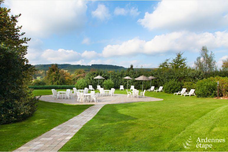 G te de vacances de luxe avec piscine pour 26 pers la roche for Camping ardennes belge avec piscine