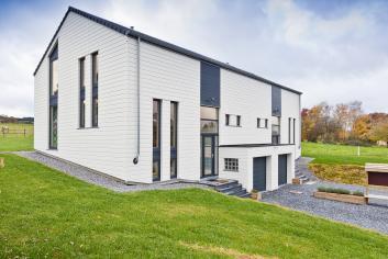 Maison de vacances moderne pour 8 pers. avec wellness à Lierneux