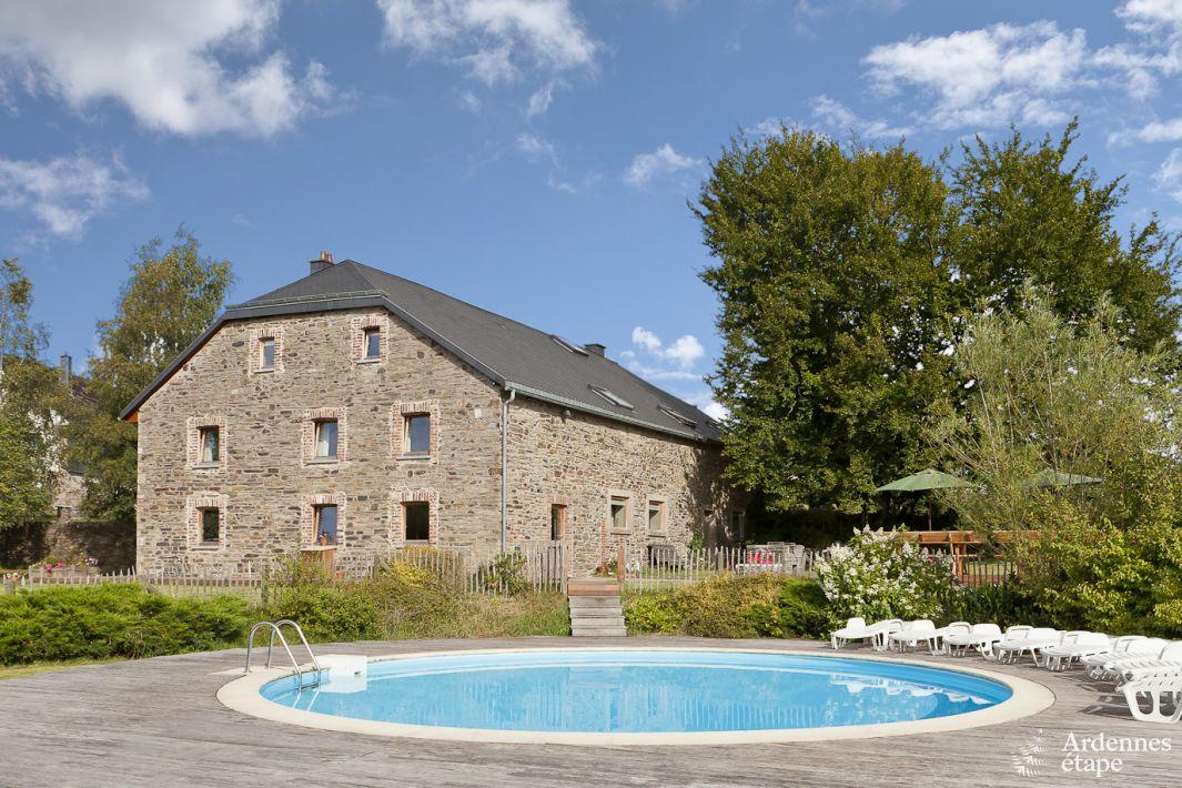 Maison de vacances avec piscine sauna et un billard pour for Camping ardennes belge avec piscine