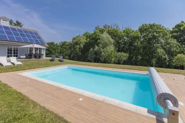 Formidable maison de vacances 8 personnes avec piscine for Piscine rochefort