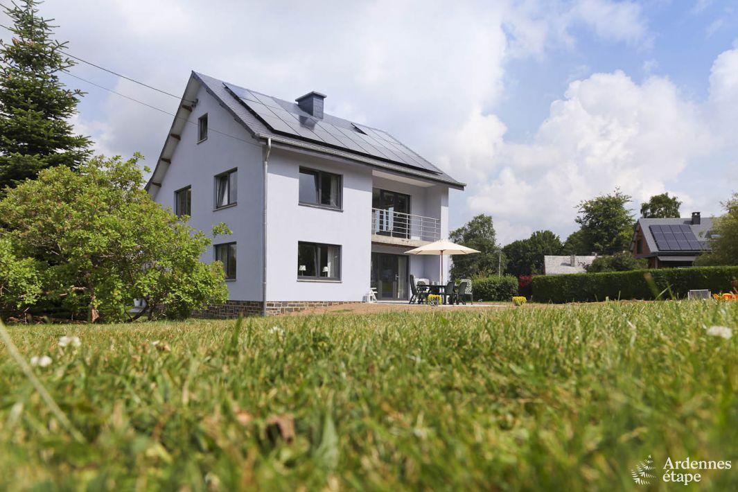 Location de vacances haute capacit avec jacuzzi au calme for Location maison concarneau vacances
