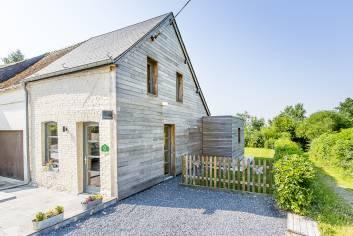 Petite maison villageoise pour 4 personnes à louer à Sivry Rance