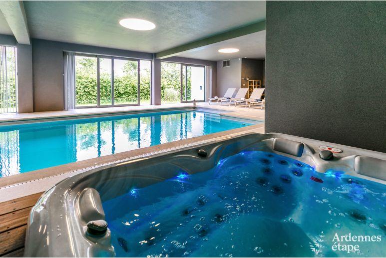 Villa De Luxe A Spa Avec Piscine Interieure Et Vue Pour 9