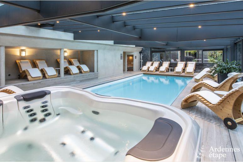 Luxueuse Villa Spadoise 5 Etoiles Pour 20 Personnes Avec Piscine