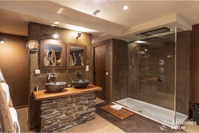 luxueuse villa spadoise 5 toiles pour 20 personnes avec. Black Bedroom Furniture Sets. Home Design Ideas
