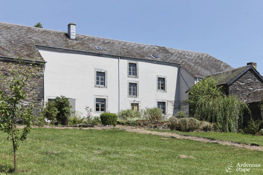 magnifique ferme de 1800 convertie en maison de vacances. Black Bedroom Furniture Sets. Home Design Ideas