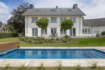 Villa de luxe pour 9 pers. avec jardin, piscine et wellness à Theux