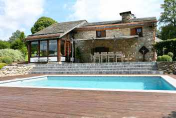 Gîte de vacances de luxe avec piscine et sauna pour 9 per. à Trois-Ponts