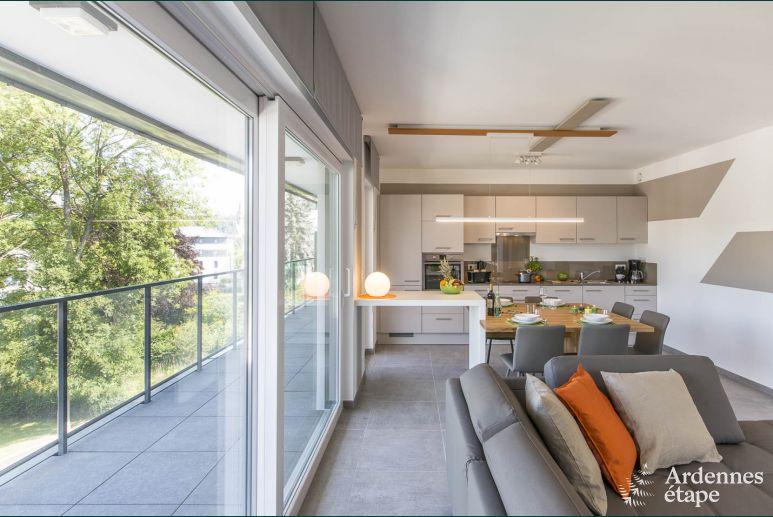 Appartement Contemporain Pour 4 Personnes Avec Vue Sur Le Lac De Vielsalm