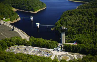 Lac de la Gileppe: destination 360°-Centre Aquatique à Province de Liège