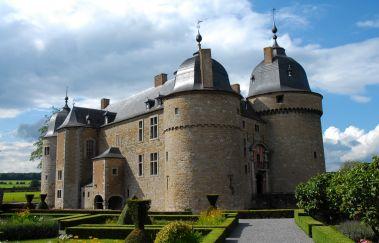 Château de Lavaux-Sainte-Anne-Chateaux à Province de Namur