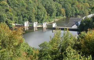 Barrage et Lac de Nisramont-Lac à Province du Luxembourg