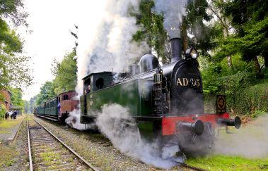 Chemin de Fer à Vapeur des 3 Vallées-Train touristique à Province de Namur